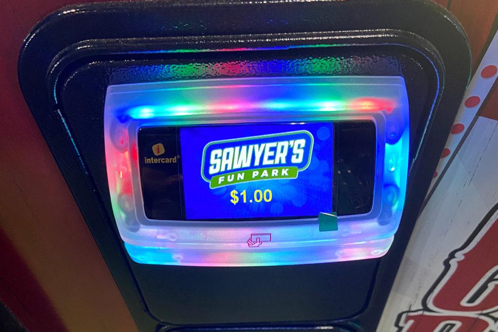 sawyer-arcade-machine-payment